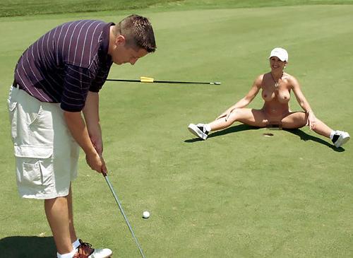 【エ□画像】富豪の ゴルフコンペ ただの露出大会になるwwwww