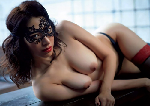 染谷有香さん、M女ヌードで完全A●女優・・・目隠し卑猥過ぎるwww【エ□画像】