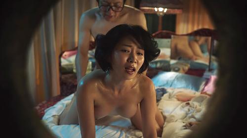 階戸瑠李の全裸監督ヌード濡れ場や透け乳首グラビア画像140枚