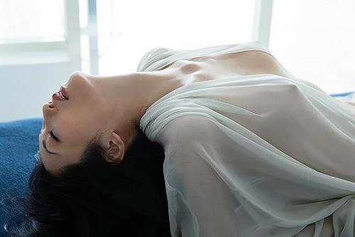 壇蜜(38)の透け乳首もエ□い最新ヌード写真集がぐうシコww【エ□画像】