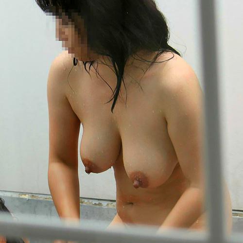 【画像】 熟女の遊び尽くされた巨乳とだらしない体が好きなんだが(素人)