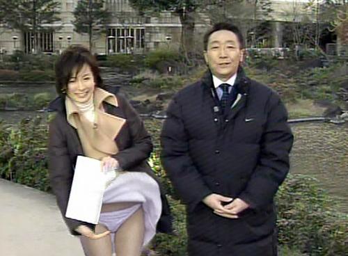 【女子アナエ□】TVで見せちゃったパ●チラ・胸チラエ□画像集(52枚)