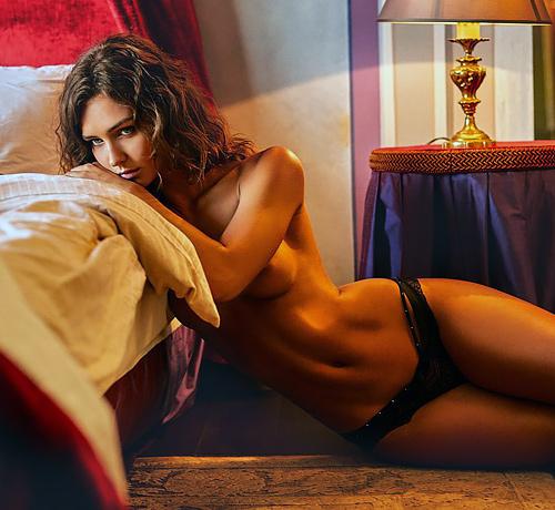 スタイル、顔ともに完ぺきといわれてる人気モデル、レイチェル・クックのヌード画像www
