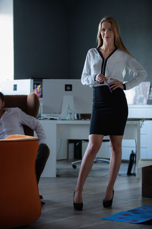 Alexis Crystal - OFFICE EPISODE 1 - CO-WORKERS 01