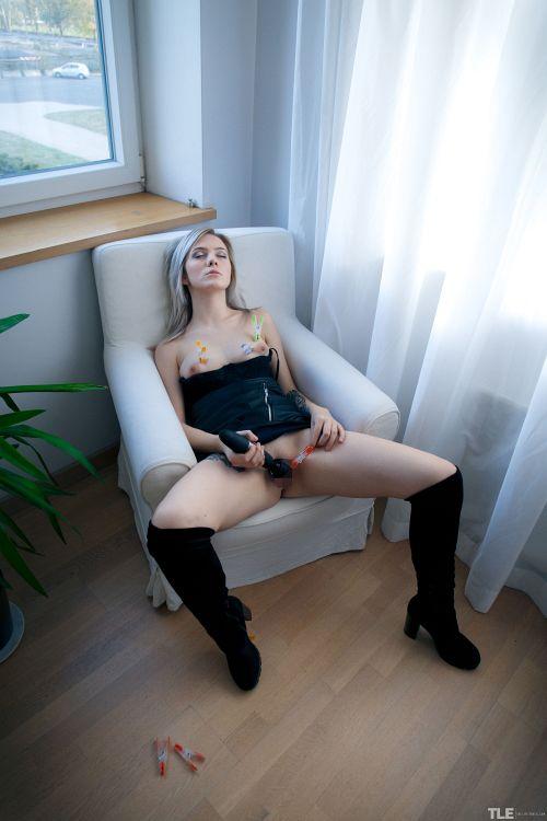Kate Fresh - SEND ME A SELFIE 1 18