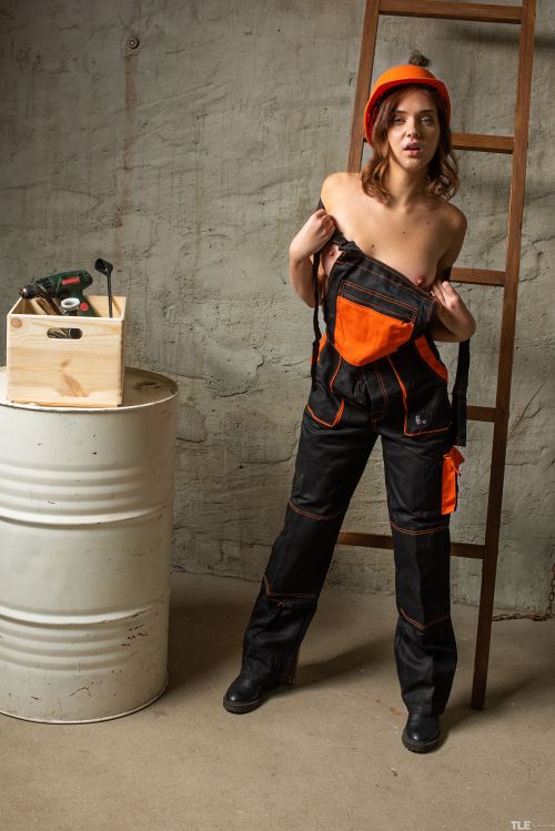 Oxana Chic - TOOL BOX 1 06
