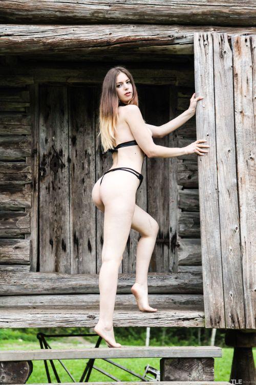 Stella Cox - CABIN FEVER 05