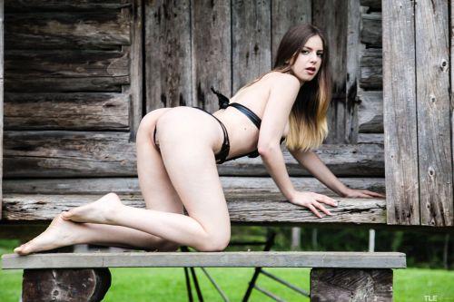 Stella Cox - CABIN FEVER 06