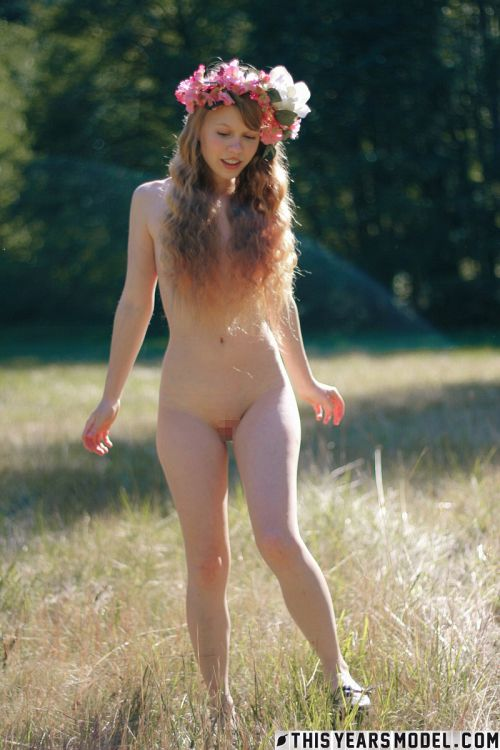 ThisYearsModel - Dolly Little - NAKED AS A LITTLE DOLL IN A MEADOW