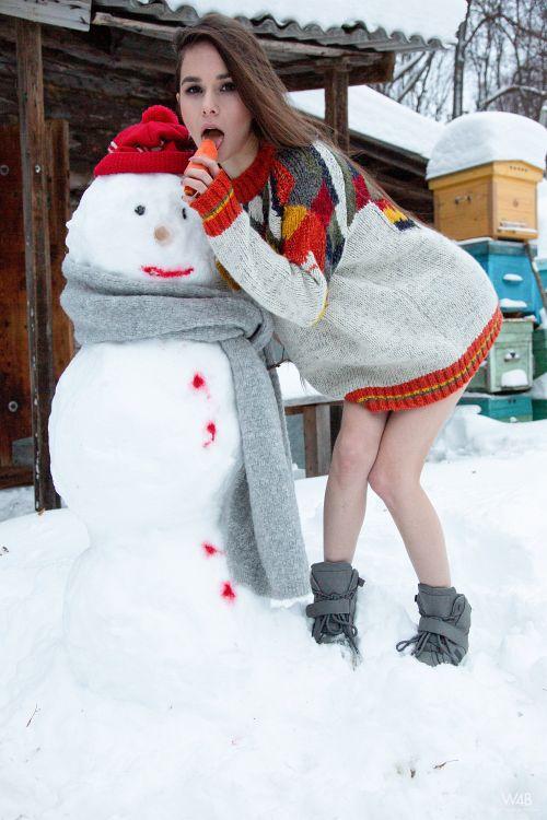 Leona Mia - SNOWMAN 20