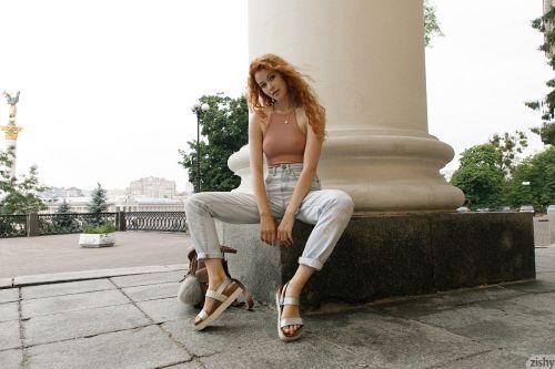 Heidi Romanova - SHOWS ME THE MAIDAN 09