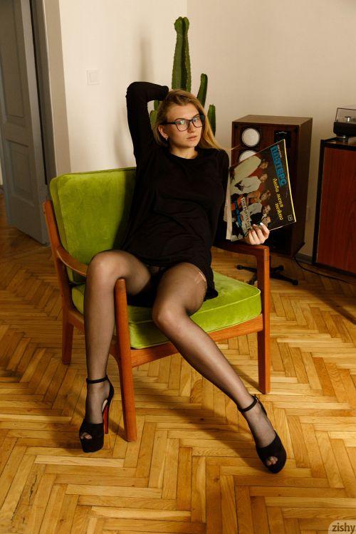 Regan Budimir - WRESTLES TO JAZZ 09