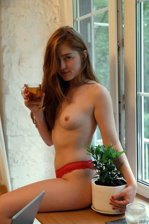 Jia Lissa - RUSSIANS LOVE TEA 07