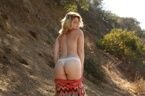Madison Sage - HIKING SORTA 10