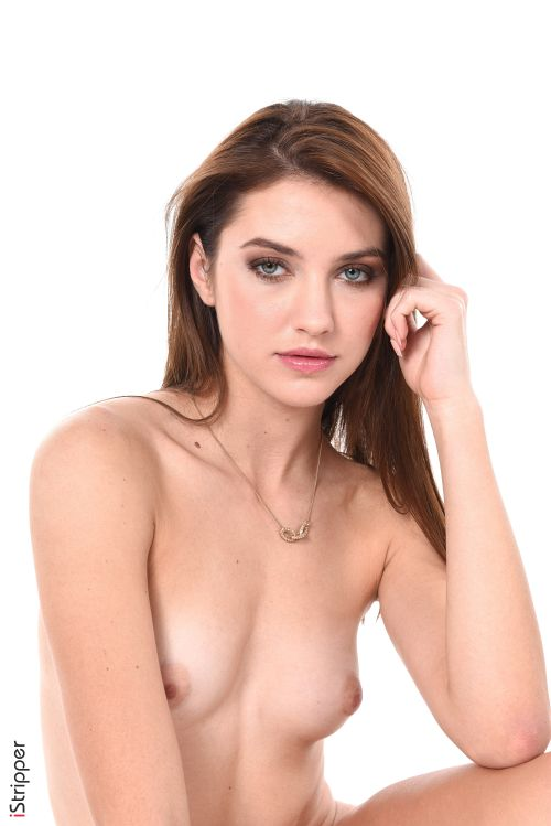 Isabelle - TERRIBLY SEXY