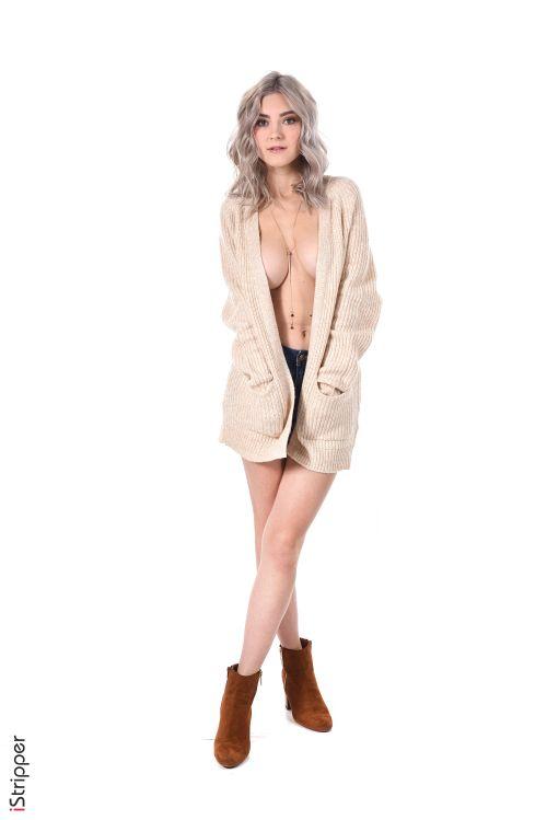 Eva Elfie - COOL GIRL