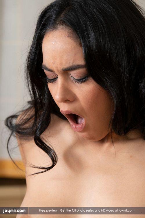 Ginebra Bellucci - FUCKING MY CLIENT 16