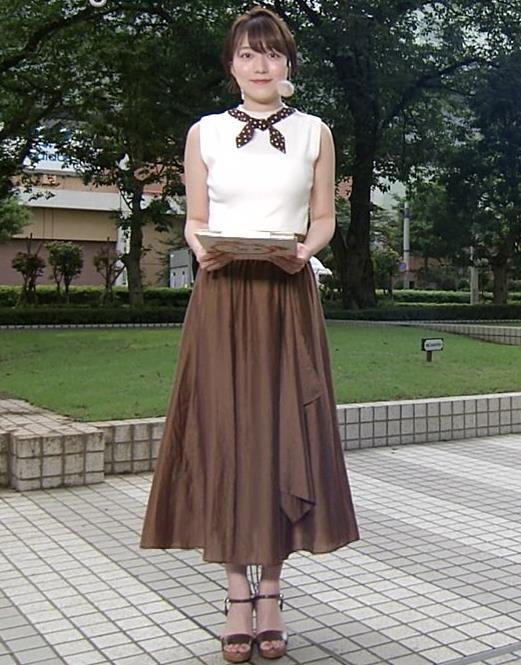 阿部華也子 ノースリーブで肌露出キャプ・エロ画像6