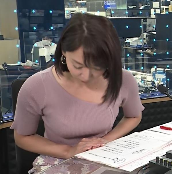 出水麻衣アナ おっぱい、エロいキャプ・エロ画像
