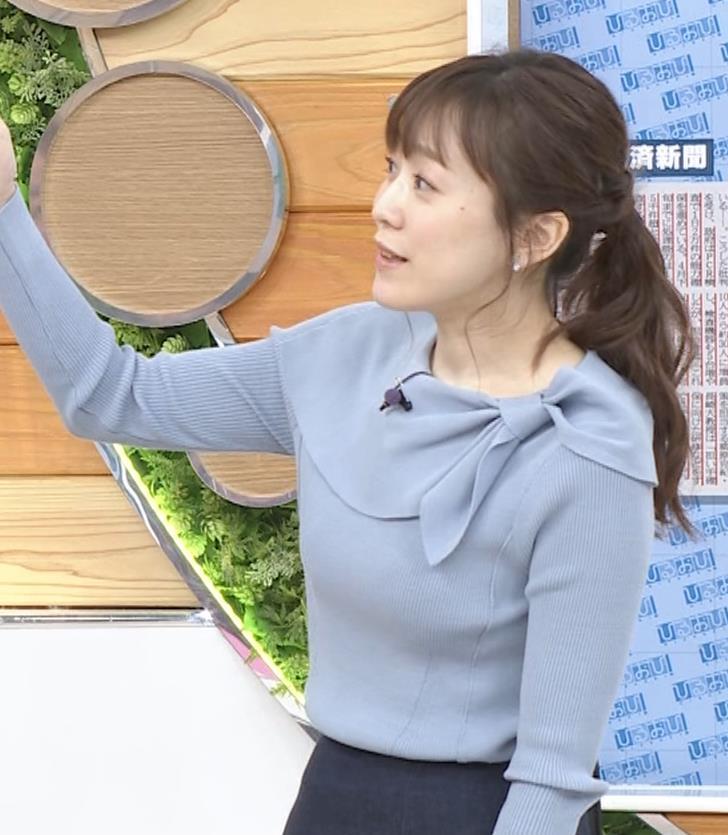 江藤愛アナ 胸のふくらみキャプ・エロ画像9