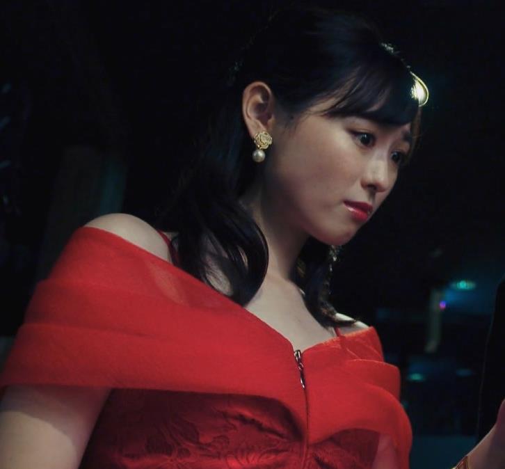 福原遥 キャバ嬢役のセクシードレスキャプ・エロ画像11