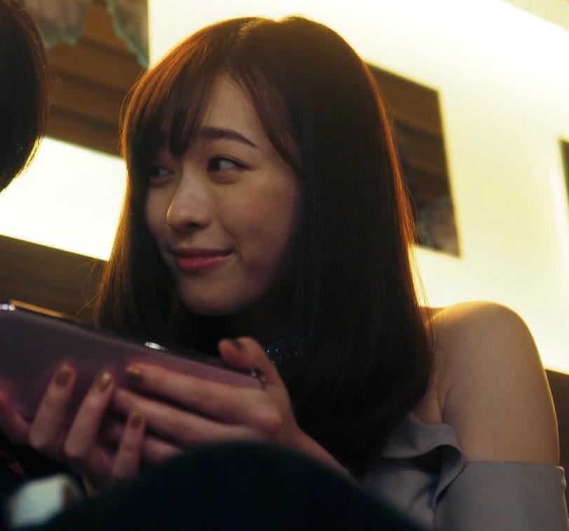 福原遥 キャバ嬢役のセクシードレスキャプ・エロ画像8
