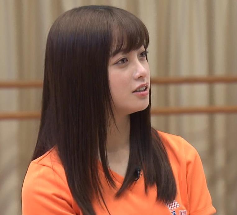 橋本環奈 Tシャツ姿キャプ・エロ画像5