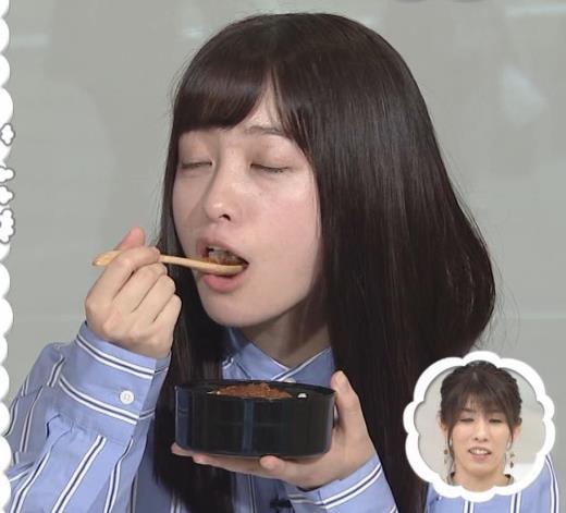 橋本環奈 食べているところキャプ画像(エロ・アイコラ画像)