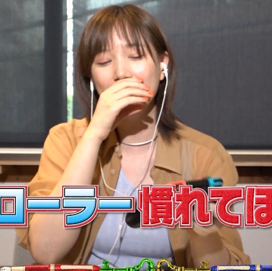 本田翼 Tシャツおっぱいキャプ・エロ画像3
