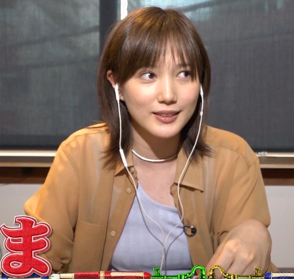 本田翼 Tシャツおっぱいキャプ・エロ画像8