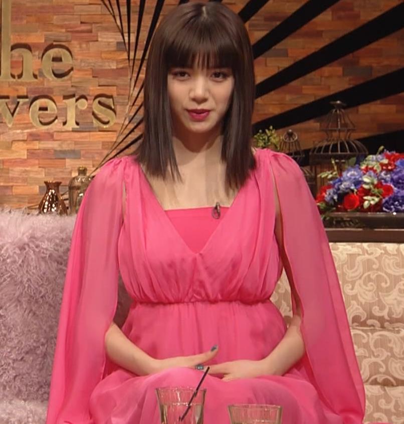 池田エライザ ピンクの●●●キャプ・エロ画像3