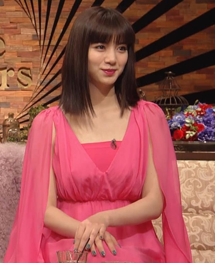 池田エライザ ピンクの●●●キャプ・エロ画像4