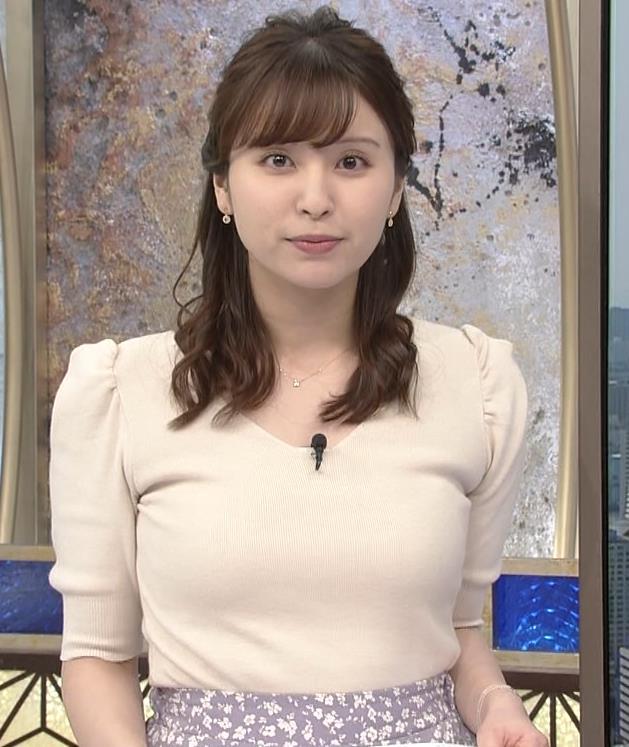 角谷暁子アナ 巨乳が際立つニットキャプ・エロ画像5