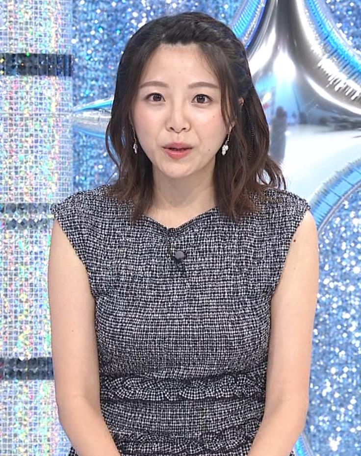 黒木千晶アナ おっぱい強調衣装キャプ・エロ画像5