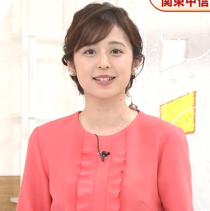 久慈暁子アナ ミニスカ美脚キャプ・エロ画像3