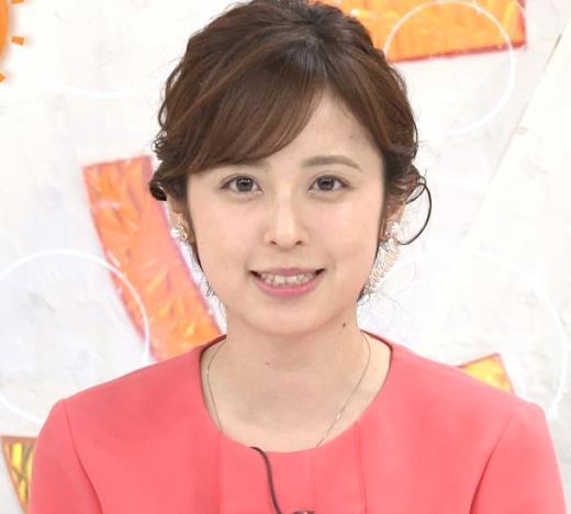 久慈暁子アナ ミニスカ美脚キャプ画像(エロ・アイコラ画像)