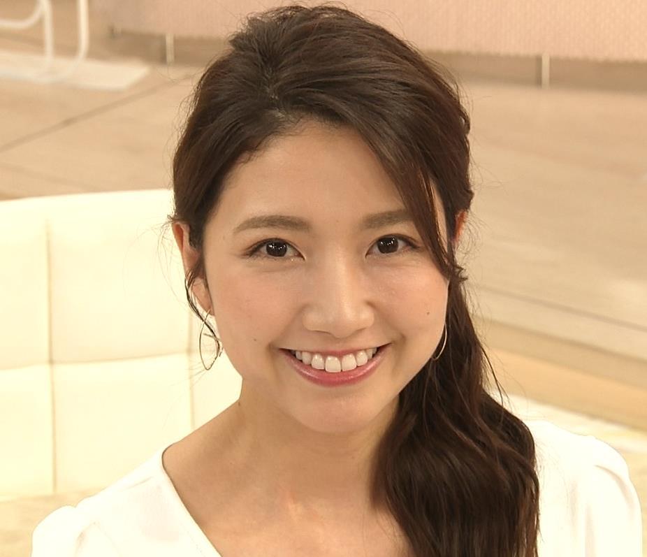三田友梨佳アナ タイトめなTシャツでおっぱいエロキャプ・エロ画像9