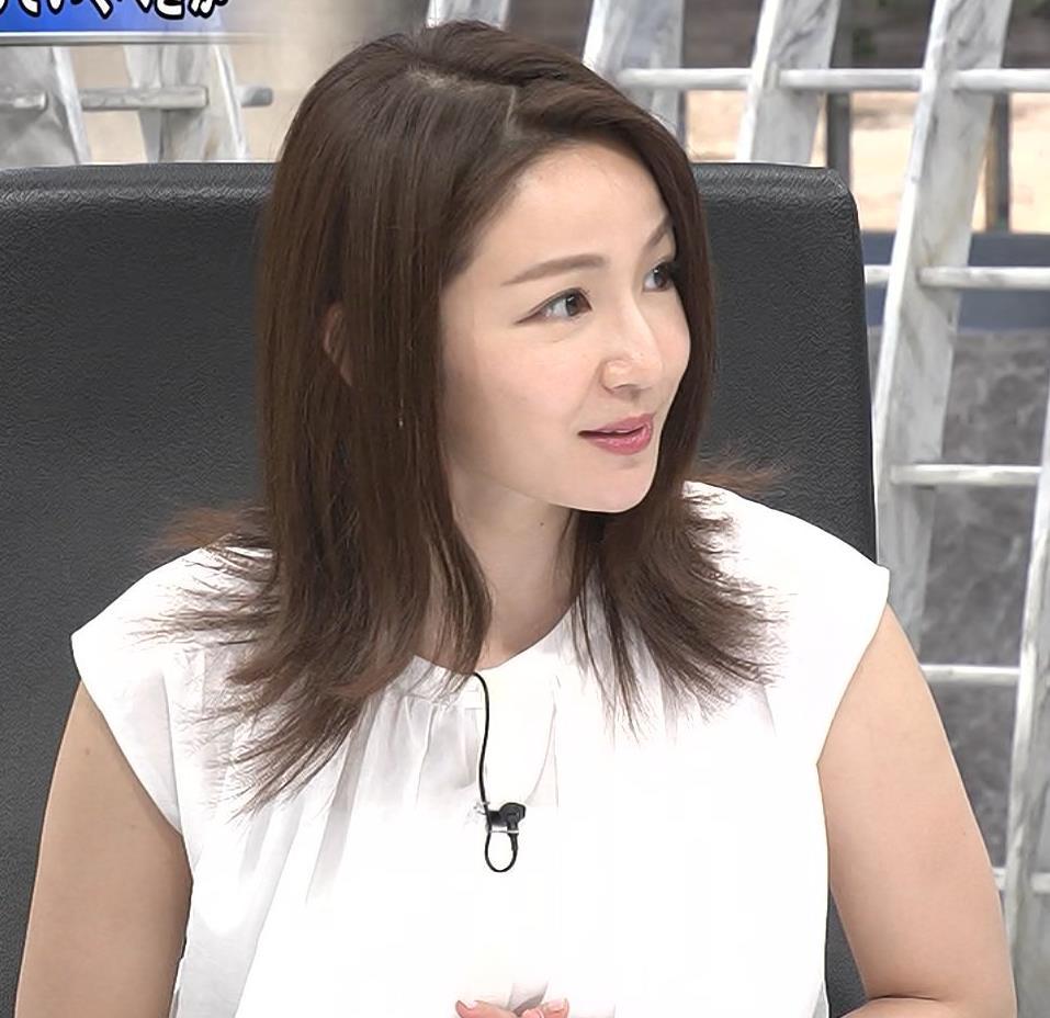 長野美郷 ノースリーブ、白い腕キャプ・エロ画像