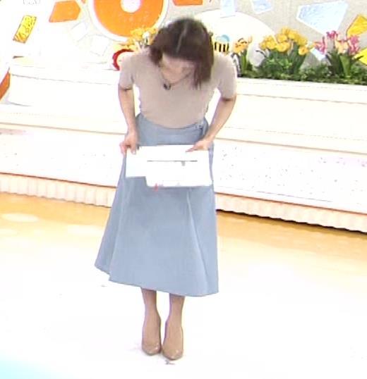 永島優美アナ ピチピチニットの横乳がエロ過ぎキャプ・エロ画像5