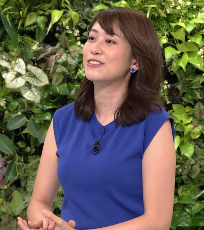 中川安奈アナ 巨乳横乳キャプ・エロ画像5