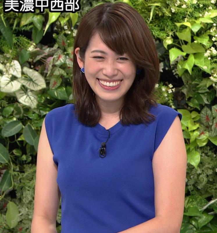 中川安奈アナ 巨乳横乳キャプ・エロ画像6