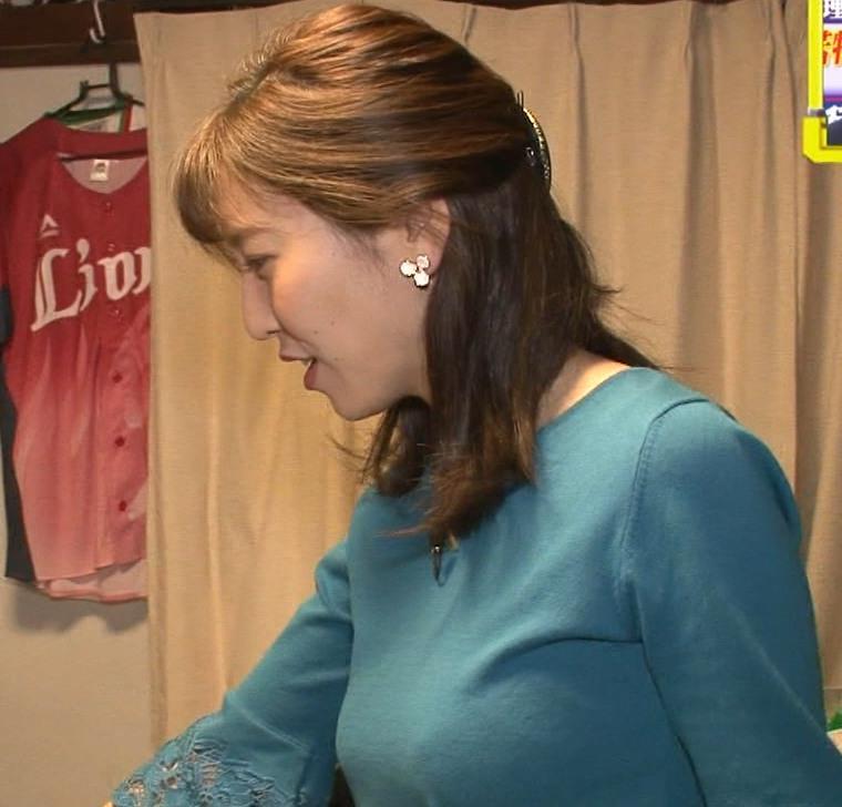 小澤陽子アナ 巨乳横乳キャプ・エロ画像4