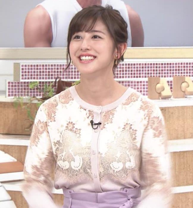 斎藤ちはるアナ キャミ透けレース衣装キャプ・エロ画像