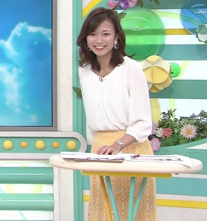 斎藤真美アナ スカートから脚のラインが浮き出るキャプ・エロ画像7