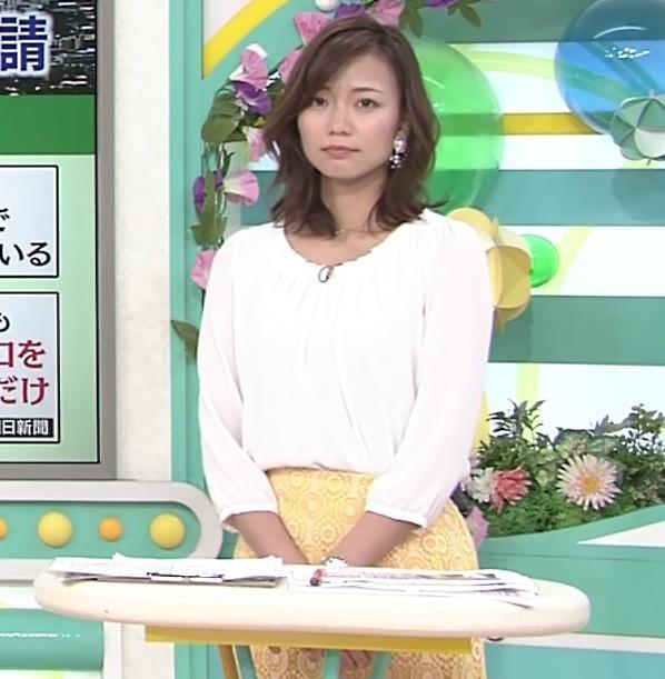 斎藤真美アナ スカートから脚のラインが浮き出るキャプ・エロ画像8