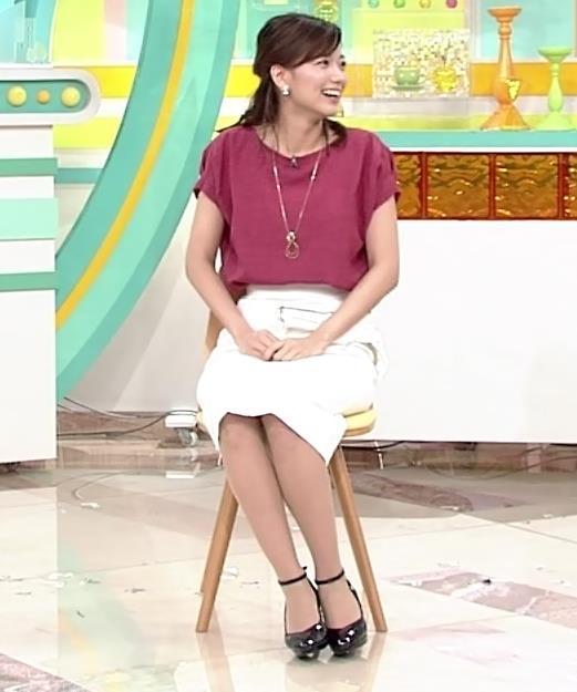 斎藤真美アナ タイトめなスカートのお尻キャプ・エロ画像3