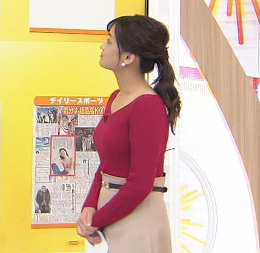 篠原梨菜アナ ニットおっぱいキャプ・エロ画像3