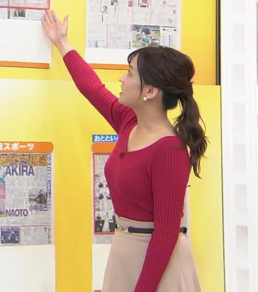 篠原梨菜アナ ニットおっぱいキャプ・エロ画像6