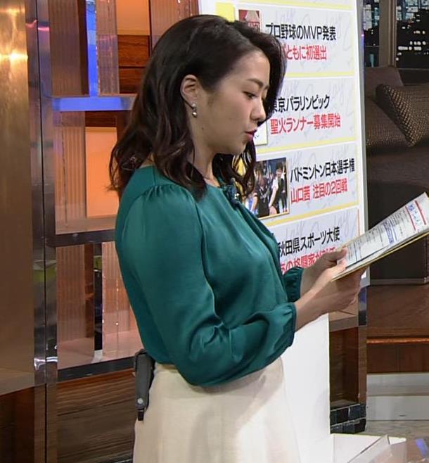 副島萌生アナ でかい横乳キャプ・エロ画像5