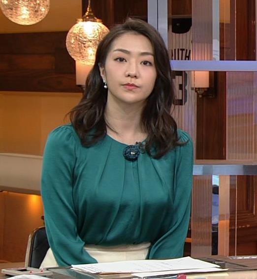 副島萌生アナ でかい横乳キャプ・エロ画像6